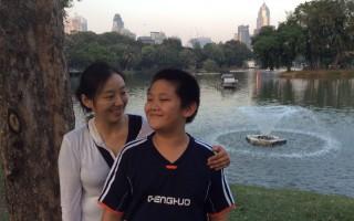 小青和她的兒子祺祺
