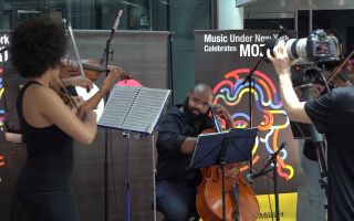 地鐵站莫札特音樂節 新州華人慕名前來