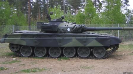 印度在中印邊界軍演 增派近百輛坦克