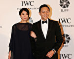 张智霖与太太袁咏仪。(Lintao Zhang/Getty Images for IWC)