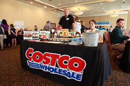 參加西雅圖華人健康展的Costco公司。(舜華/大紀元)
