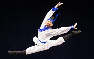 选手演活历史人物 中国舞大赛弘扬中华文化
