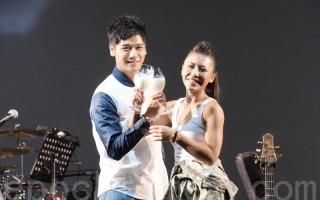 艾怡良台北開唱 彩排用牛奶謝好友助陣