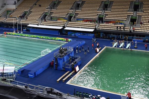 奧運池水染綠 當局亡羊補牢保證藍回來