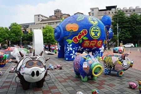 漂亮的彩绘神猪装置艺术。(新竹县政府提供)