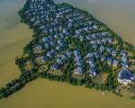 武漢最奢華別墅區被洪水圍困成「孤島」。(網絡圖片)
