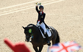 奧運馬術個人盛裝舞步 英選手驚艷演出摘金
