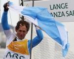 不向癌魔低头 阿根廷帆船老将奥运摘金