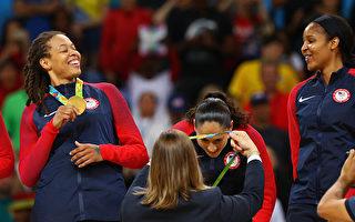 美国女篮里约夺金 赢奥运六连冠