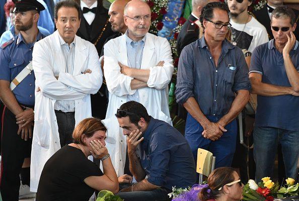 死亡人數升至291 意全國哀悼地震遇難者