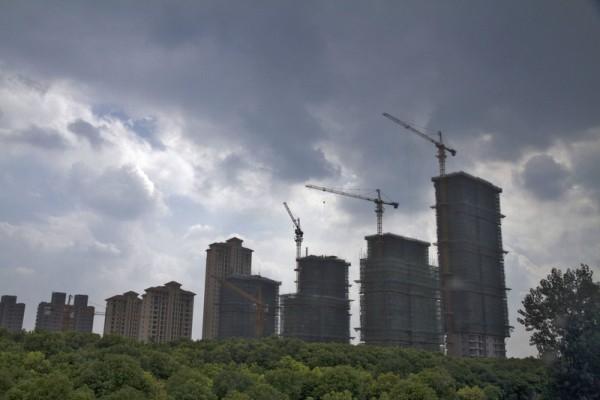 高價拿地限價銷售 大陸房企毛利率大幅下滑