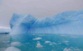 南極冰棚加速崩解 海平面恐上升10公分