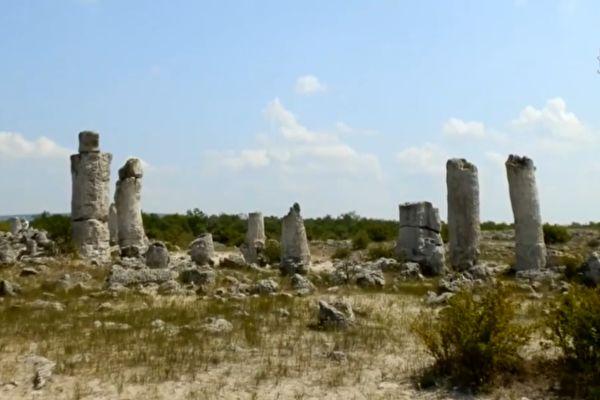 保加利亞天然石頭森林 形成原因難解