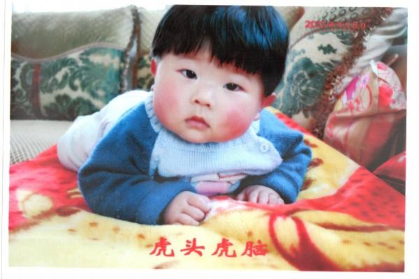 中秋月圓下中國孩子們的悲歡離合