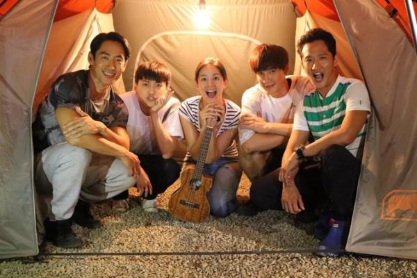 Janet路斯明與《High 5》學生露營兼過中秋