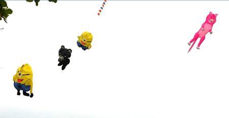 風箏飛上天空。(宋順澈/大紀元)