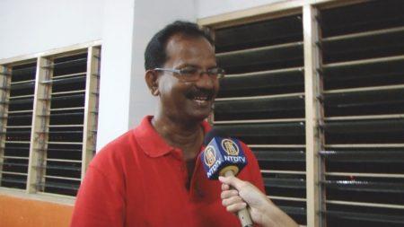 S. Ramadas感到十分感动,并再三感谢法轮功团体。(大纪元)