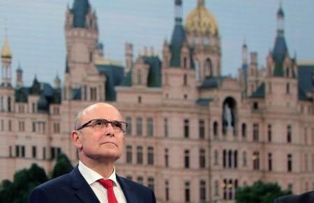 梅前州州長賽勒淩將反移民政黨的崛起歸咎於默克爾的難民政策。(AFP)