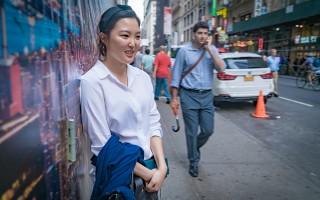 纽约客每日街拍-对化妆很有想法的韩国女孩(张静怡/大纪元)