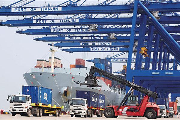中国出口下降10% 人民币或持续贬值