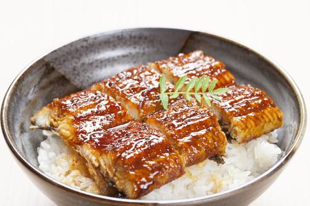 鳝鱼盖饭。(Enjoy 提供)