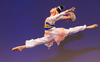 组图:中国古典舞大赛复赛——少年女子组