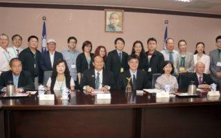 台陸委會回應海外華文媒體關注的兩岸問題