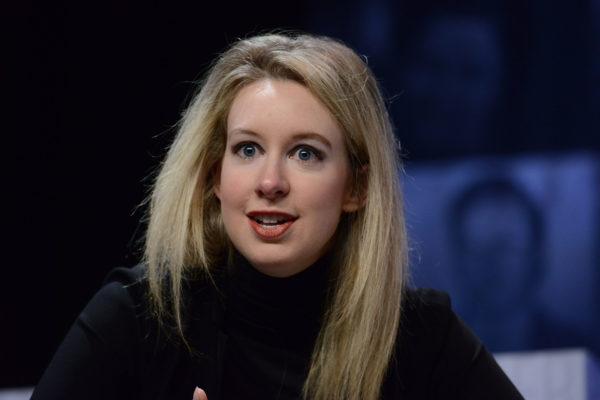 因發明驗血新法成名 硅谷美女CEO今成被告