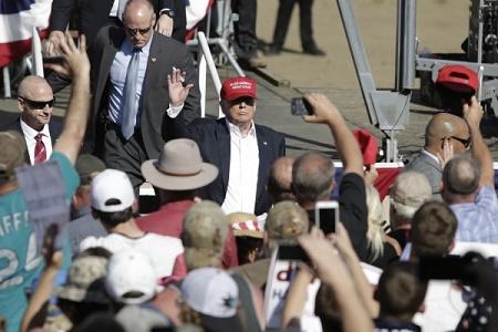 因不雅言論背棄特朗普 部份共和黨人又反悔