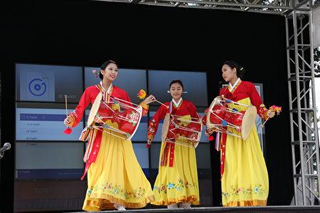 韓國傳統舞蹈表演。(李蘭/大紀元)
