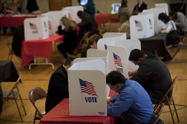 美國大選搖擺州 特朗普逐漸趕上希拉莉