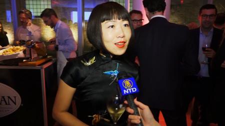 Café China业主兼设计师怡明接受采访。