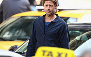 美国联邦调查局一位发言人星期二(11月23日)表示,不会起诉好莱坞电影明星布莱德·皮特(Brad Pitt)。 图为皮特在电影中的一个镜头。 ( Jeff J Mitchell/Getty Images)