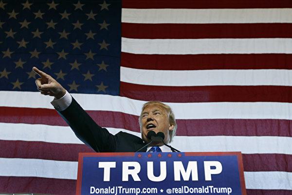 特朗普談外交政策 更尖銳地打擊伊斯蘭國