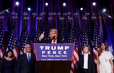11月9日凌晨,川普发表胜选演说。 (Chip Somodevilla/Getty Images)