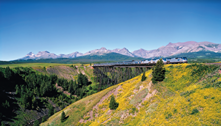不同線路的Amtrak火車,可以帶你看遍美國各地的美麗風景。(Amtrak 提供)