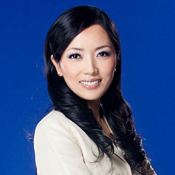 新唐人電視台《世事關心》節目主持人蕭茗。(新唐人)