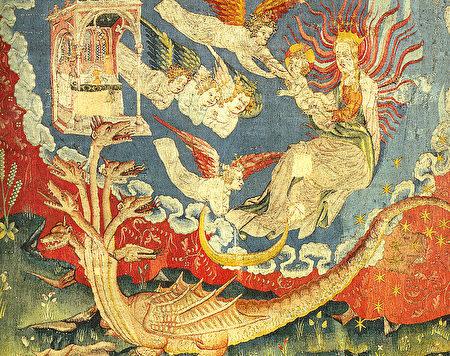 《启示录》第三组挂毯中描述的:有一个妇人,身披日头,脚踏月亮,头戴十二星的冠冕,生了一个男孩子,被提到神宝座那里去了,是将来要用铁杖辖管万国的。七头十角大红龙,尾巴拖拉着天上星辰的三分之一,摔在地上。(维基公共领域)