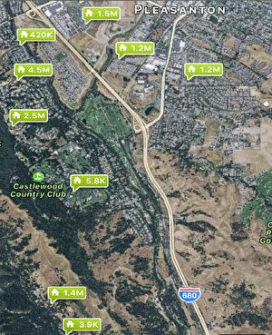 快樂谷(Happy Valley)這塊待售土地附近近期出售的房產售價。(東灣房地產經紀黃淑儀Megan Wong提供)