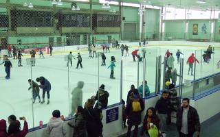 迎新年 康尼島免費溜冰吸人潮