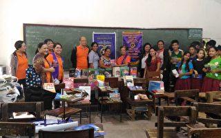 爱市狮会捐书 海外学童欢阅