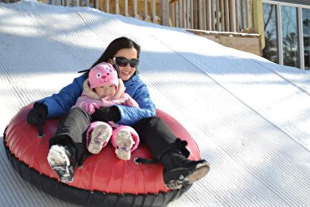 輪胎滑雪(大紀元圖片)