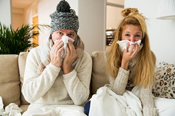 家中若有人染疫或出現症狀 該怎麼辦?