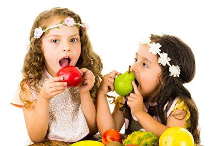 吃可口新鮮的水果美麗又健康。(Fotolia)