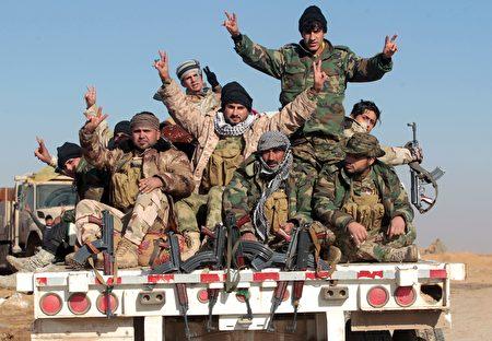 伊拉克民兵。(AHMAD AL-RUBAYE/AFP/Getty Images)