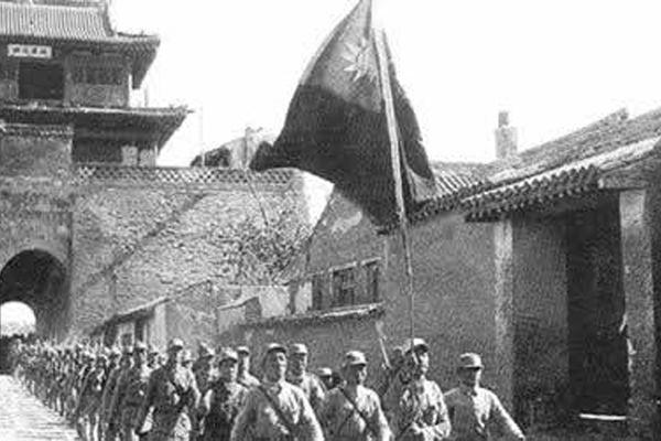 林辉:老百姓恨日本人也恨八路军的背后