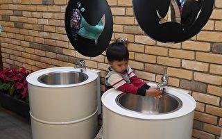 有熊出沒 壽山動物園公廁改造換新裝