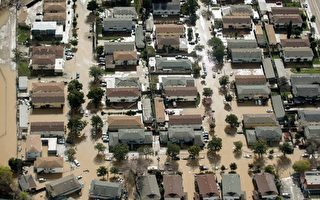 美国加州圣荷西遭遇洪水 5万人撤离