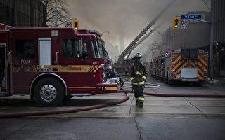 多倫多6級大火燒一天一夜  損失上百萬