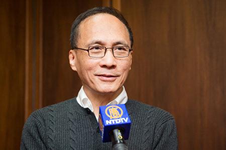 中華民國前行政院長林全在台北國父紀念館觀賞了神韻演出。(陳柏州/大紀元)